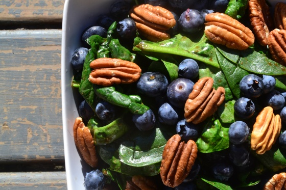 Blueberry Pecan Salad