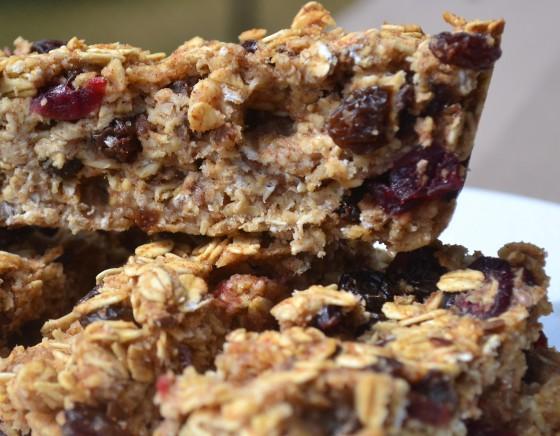 Cinamon Raison Cranberry Granola Bars