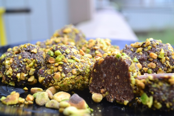 chocolate pistachio nut balls